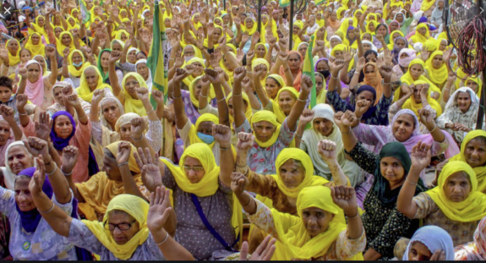 Indian-women-farmers-protesting